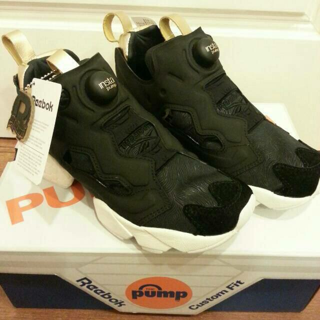 Reebok pump fury黑金