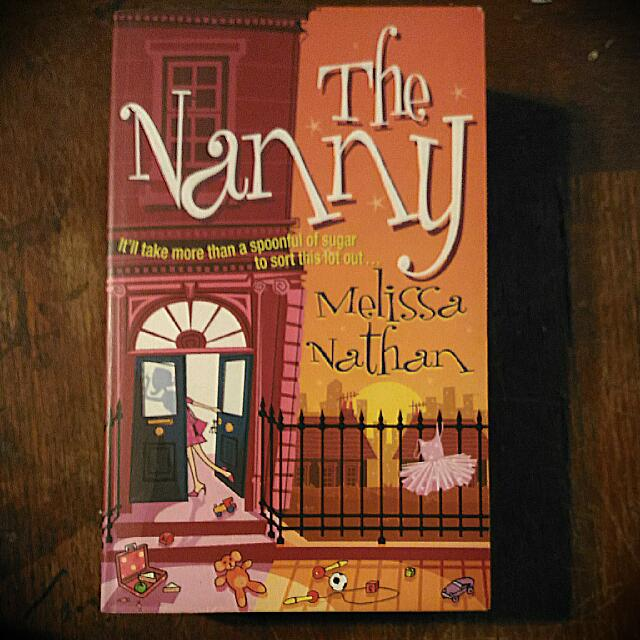 【The Nanny】二手原文書
