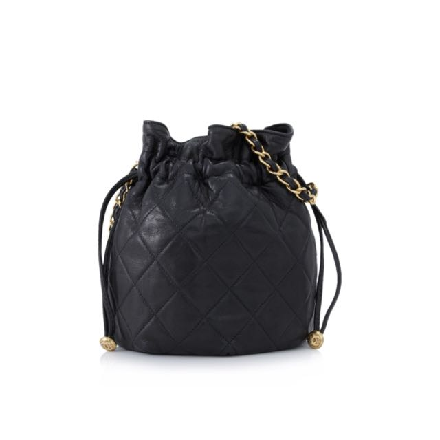 afd71c14fb9a Vintage Chanel Mini Drawstring Cross body Pouch, Luxury on Carousell