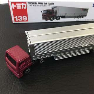 TOMICA No.139 ISUZU GIGA PANEL VAN Trailer