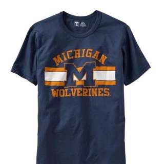 🚚 OLD NAVY University Of Michigan 球隊短T