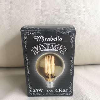 Vintage Light Bulb 💡
