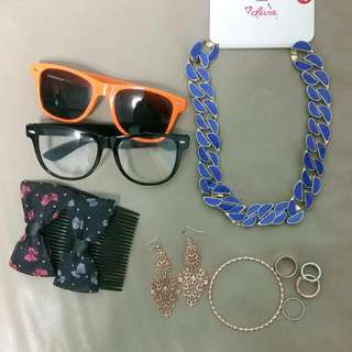 Bundle Of Assorted Accessories