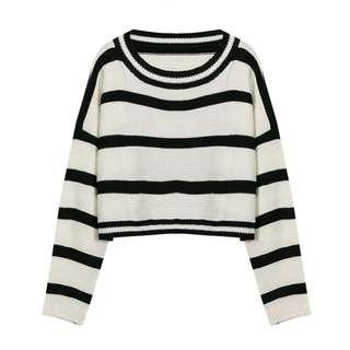 🚚 黑白橫條寬鬆露腰長袖毛衣