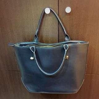 黑色質感手提包