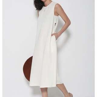 Underarm Cut-out Oversized Midi Dress In Cream