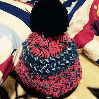 超美配色毛球毛帽