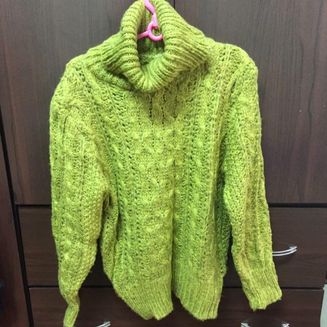 復古綠毛衣