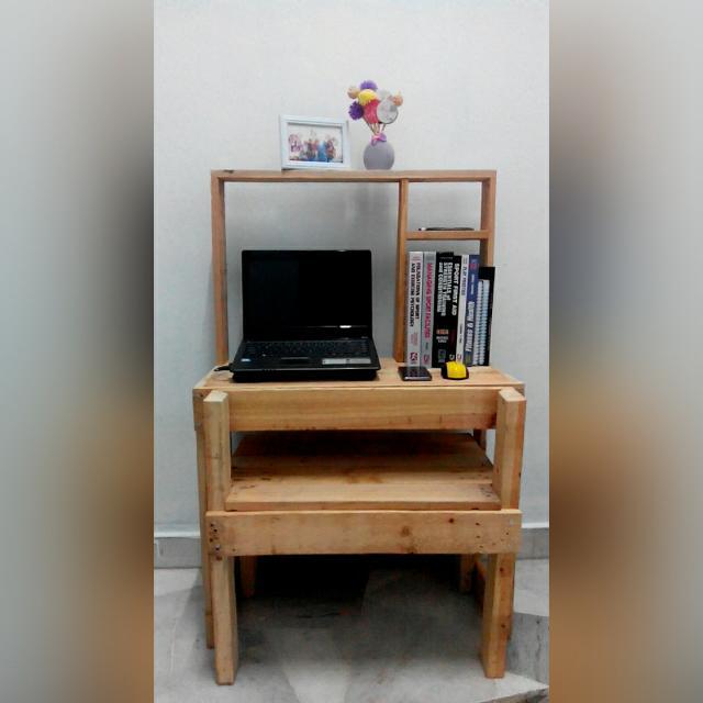 Meja Study Kayu Pallet Pine Set Lengkap Dengan Kerusi