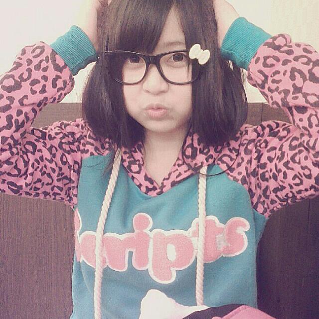 粉紅豹紋帽T