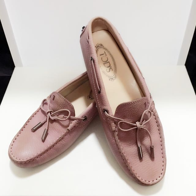 3c388e6a2a3 Tod s Gommino Tie-front Leather Driving Shoes Loafers in Pink for ...