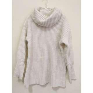 柔白 氣質長版高領粗針織 毛衣