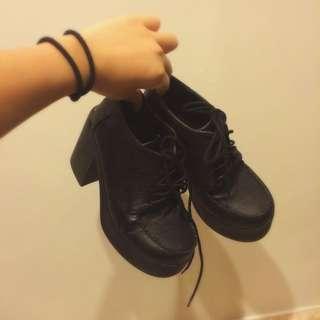 黑色 綁帶厚底高跟鞋