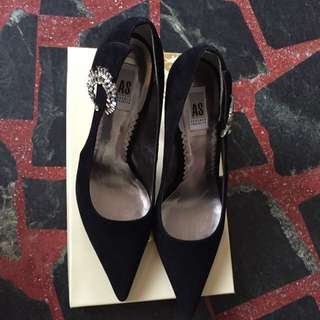 🚚 AS 鑲鑽 黑色 麂皮 絨布 高跟鞋