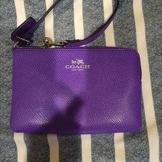 全新Coach紫色素面手拿包👛