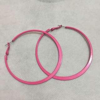 🚚 桃紅扁型大圈圈耳環