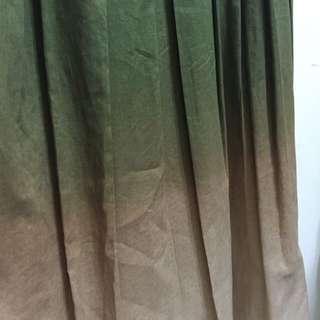 民族風質感好繡花漸層杏綠背心連身裙長洋裝