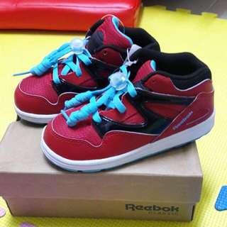 Reebok👑兒童運動鞋USA8👟