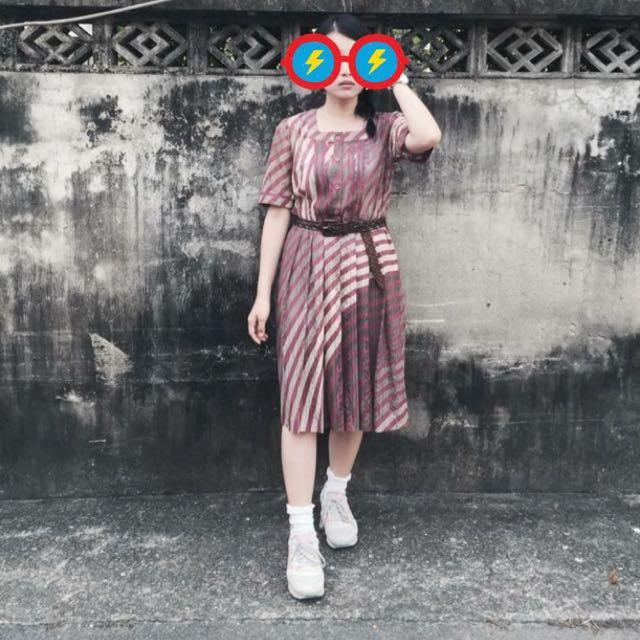 優雅蕾絲襯托X百摺的美麗(絕版)