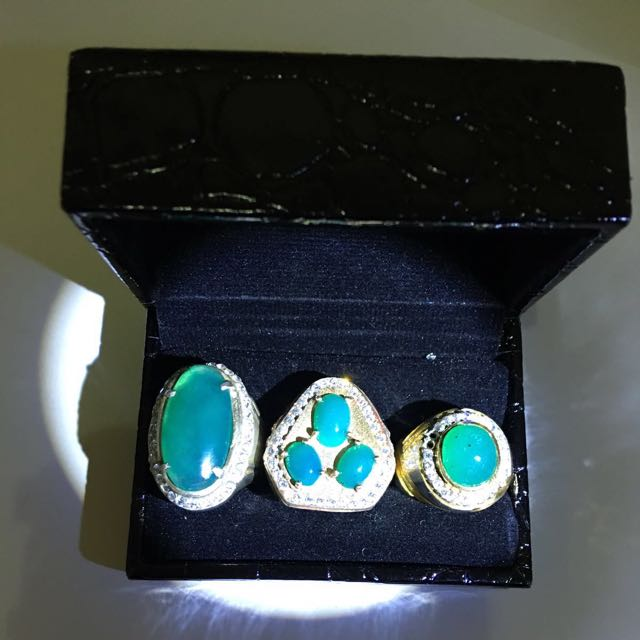 Bacan Stone From East Indonesian Everything Else On Carousell