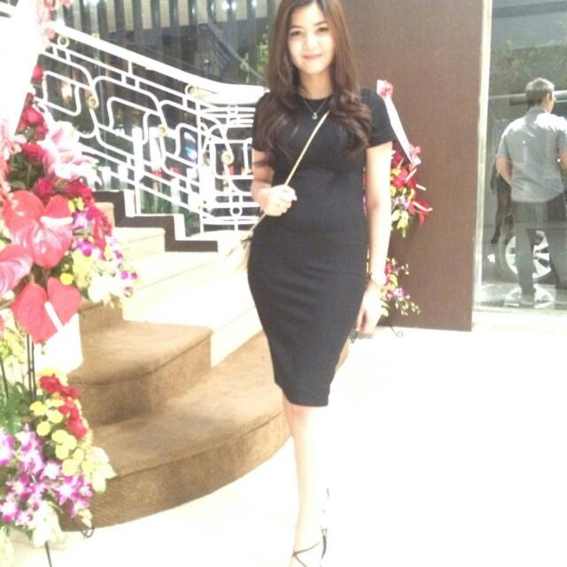 Simple Black Shimmer Dress
