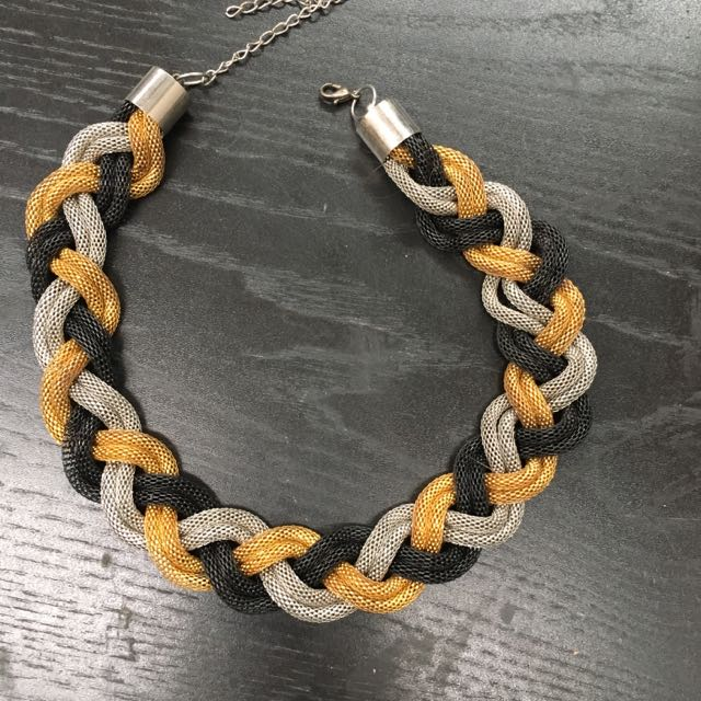 Black/gold/silver Twisted Necklace