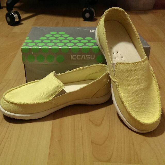淘寶Iccusa 帆布鞋 黃 37號