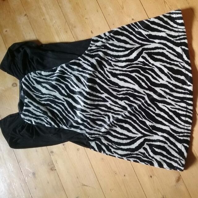 Korea Velvet dress size 6_8