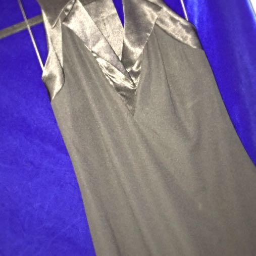Wayne Cooper Size 6 Dress