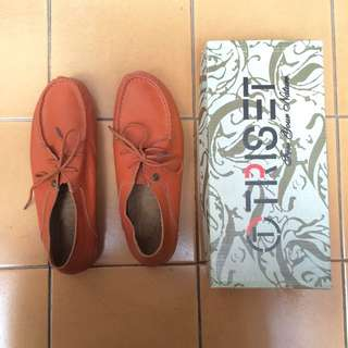 Triset Shoes
