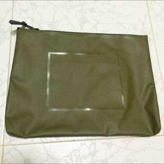 Herschels Document Bag Tarp Army Green