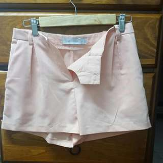 High Top Shorts Size 8