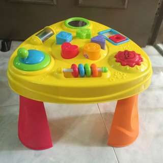 Bruin - Baby's Activity Table