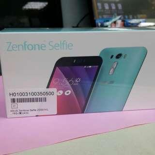華碩ASUS ZenFond Selfie ZD551KL 16GB 4G藍色可議價