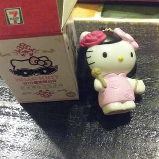7-11 Hello Kitty 3D立體造型公仔 經典偶像變裝系列 臺灣復古風