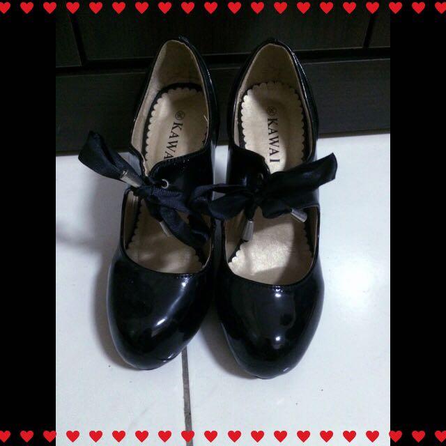 👠亮皮綁帶瑪莉珍黑色高跟鞋