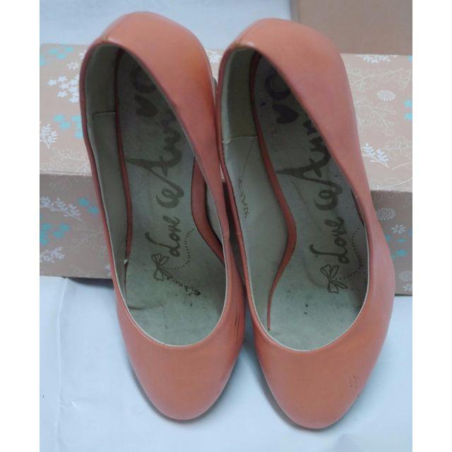 Ann's 復古粗跟粉橘高跟鞋