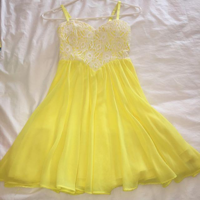 Lacey Yellow Convertible Dress - Dotti