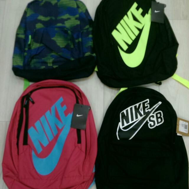 全新Nike背包~