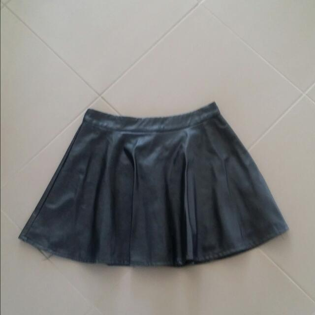 Patent Leather Skirt   Size 12