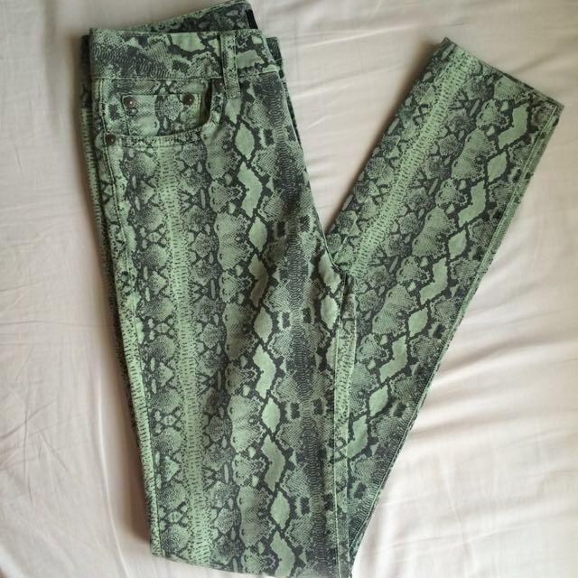 Sportsgirl Green/Black Snake Printed Jeans