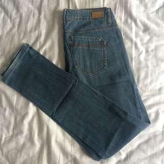 Mango (MNG) Jeans