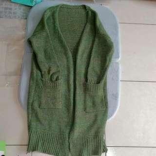 草綠針織長板外套