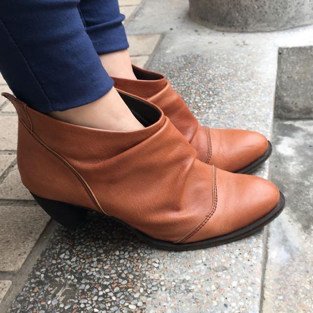 《8成新》Boboli 皺摺短靴