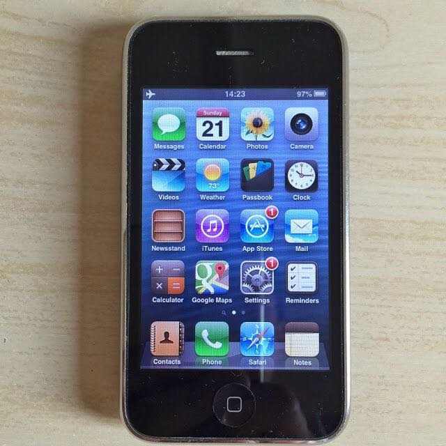 Apple iPhone 3GS 16GB Black GSM