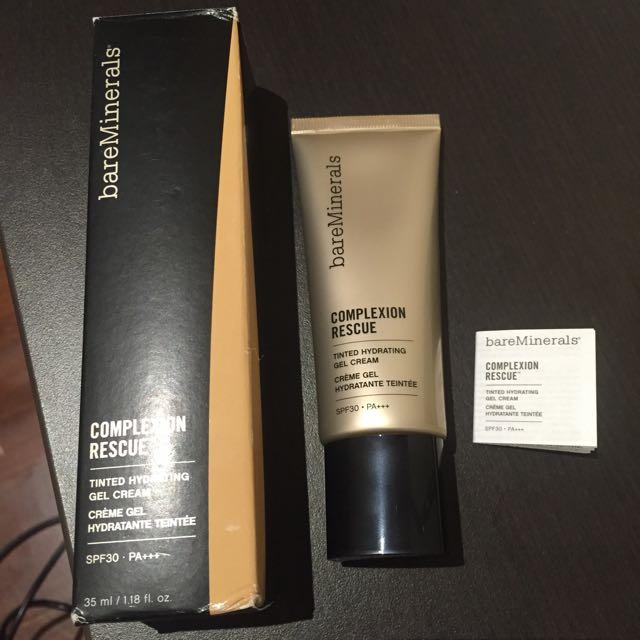 BAREMINERALS Complexion Rescue Gel Cream in shade Ginger 06