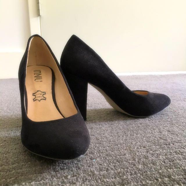 Black Suede Pump Shoes Size 5/36