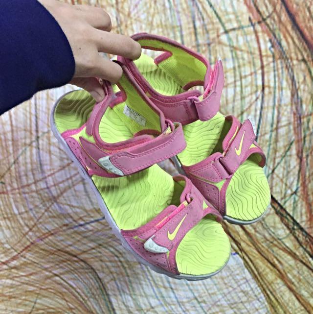 Nike涼鞋(含運)