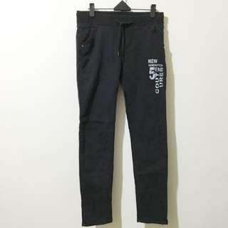 特價📌♡ 彈性黑色長褲👖