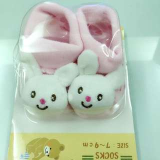 「全新」新生兒兔🐰襪子
